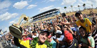 Felipe Giaffone comemora vitória Goiânia. (Foto: Divulgação Copa Truck)
